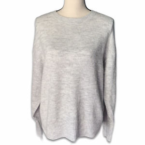H&M heather gray long sleeve pullover sweater